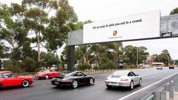 outdoor na Austrália cumprimenta donos de Porsche