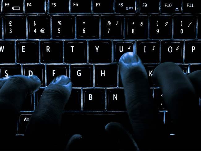 seguros mais estranhos - contra ataque de hackers