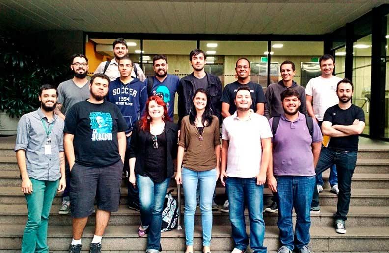 Equipe de Tecnologia da Bidu Corretora