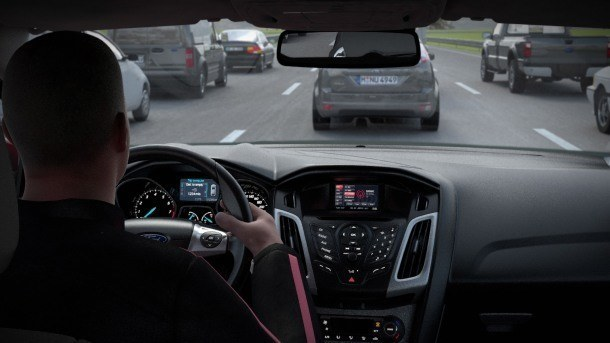 Manter uma distância segura ajuda a manter um trânsito seguro