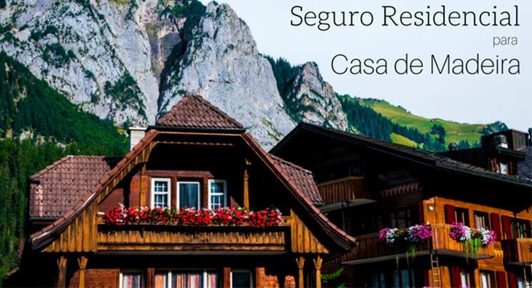 """Imagem de um chalé na ponta da montanha com legenda """"Seguro Residencial para casa de madeira"""""""