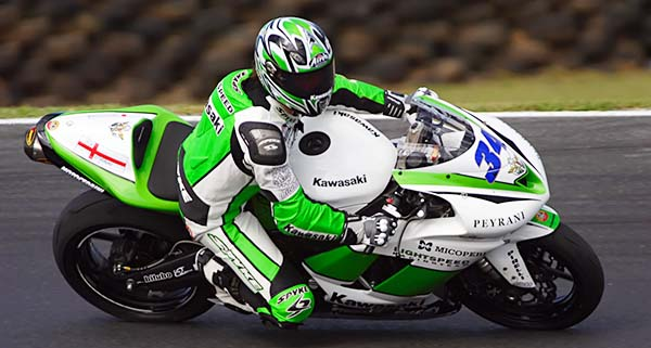 motocicleta da categoria sport