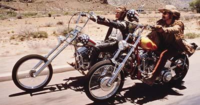 Peter Fonda e Dennis Hopper no filme easy rider