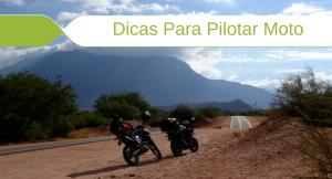 Imagem de duas motos na estrada com descrição: Dicas Para Pilotar Moto