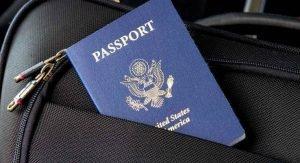 imagem de um passaporte azul.