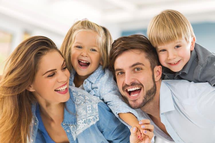 Entenda o seguro amparo e compare-o com outros planos de seguro de vida.
