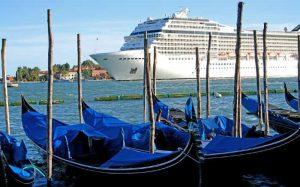 Navio em Veneza para ilustrar post sobre viagem de navio para a Europa
