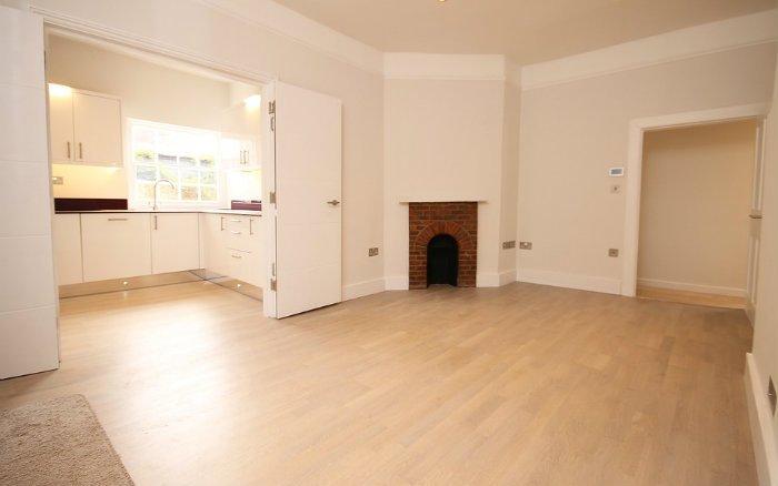 imagem de sala com piso vinílico