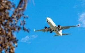 Imagem de avião para ilustrar post sobre segurança avião