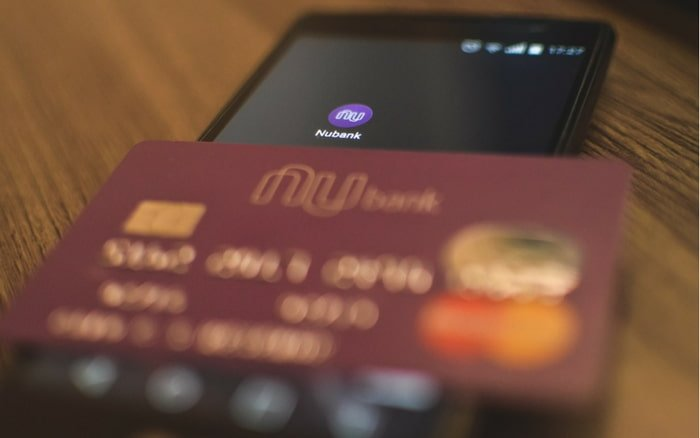 Imagem do cartão Nubank para ilustrar post nubank platinum
