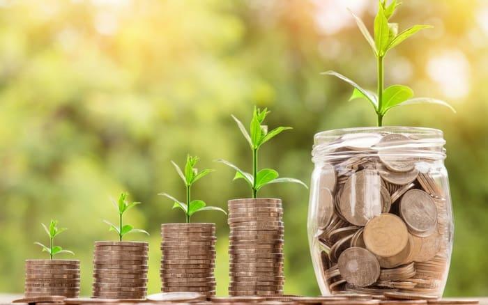 Imagem de moedas para ilustrar post sobre Melhor investimento renda fixa