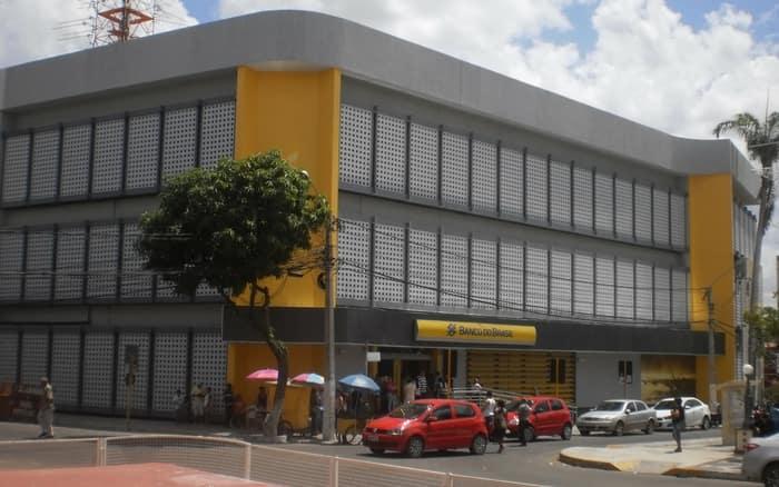 Imagem de agência do Banco do Brasil para ilustrar post sobre Como abrir uma conta poupança no Banco do Brasil