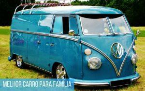 Imagem de uma Kombi azul com a legenda: Melhor carro para família