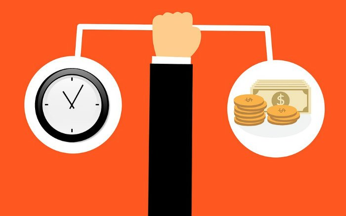 ilustração de dinheiro e relógio para texto sobre melhores debêntures para investir