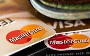 imagem de cartões de crédito para texto sobre cartão de crédito pré-pago