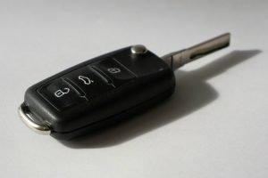 Imagem de chave de carro ilustrando texto sobre como funciona o lance no consórcio