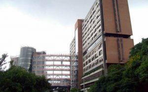 Imagem de fachada de hospital para ilustrar texto sobre os melhores hospitais em São Paulo