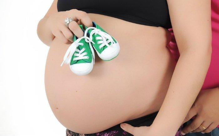 Foto de mulher grávida para ilustrar texto sobre plano de saúde para gestante