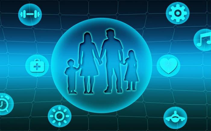 Desenho de família e ícones de saúde para ilustrar texto sobre plano de saúde para PME