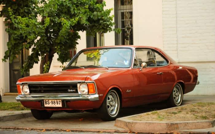 Foto de Opala para texto sobre carros clássicos brasileiros