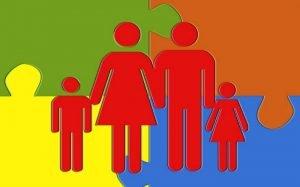 Desenho de família para ilustrar texto sobre dependentes em plano para MEI