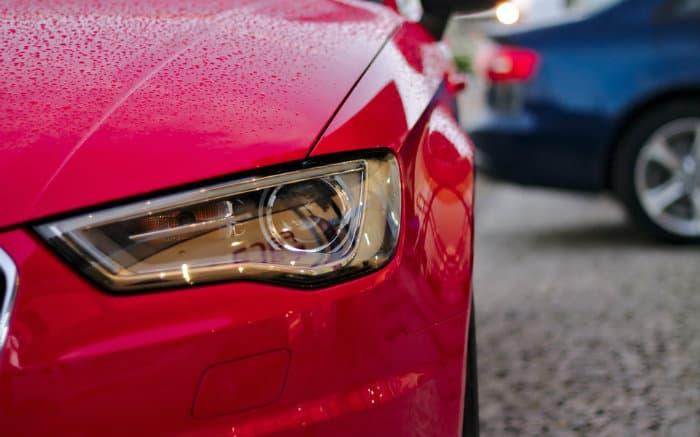 Foto de carro para ilustrar texto sobre seguro auto HDI fit