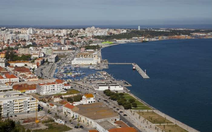 Imagem de Setúbal para ilustrar texto sobre Roteiro de Portugal