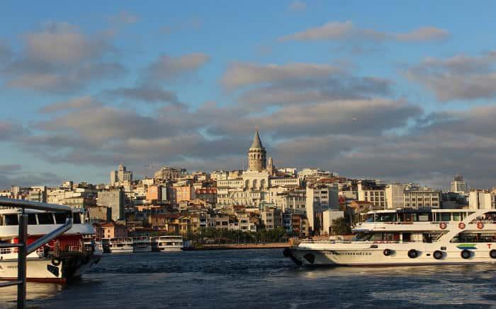 Foto de Istambul para texto sobre destinos internacionais baratos