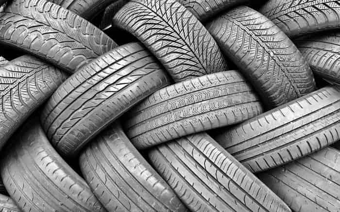 Imagem de pneus para ilustrar texto sobre pneu remold