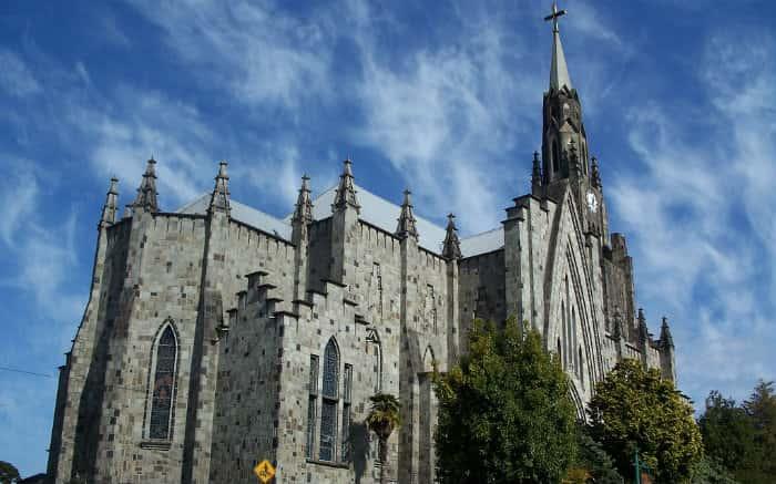 Imagem da Catedral da Pedra em Canela