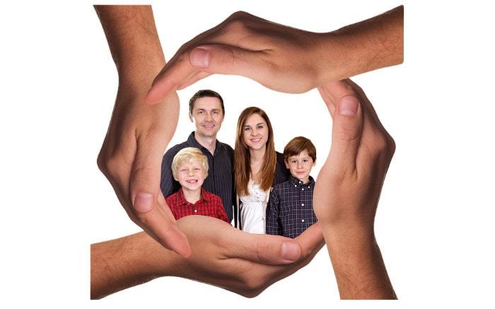 Imagem de familia para texto sobre tipos de seguro de vida