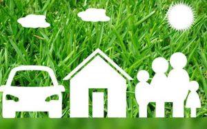 desenho ilustrativo de casa, carro e família para texto que fala que a susep não regula mais corretores