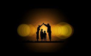 Foto de família para texto sobre o que o seguro de vida não cobre