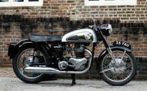 imagem de moto para texto sobre seguro de moto suhai