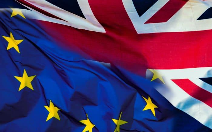 imagem de bandeira do Reino Unido para texto sobre o que muda para os turistas com o Brexit