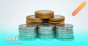 imagem de moedas para texto sobre classe de bônus