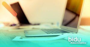 foto de computador para texto sobre como organizar a casa para home office