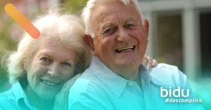 imagem de idosos para texto sobre como proteger idosos do coronavírus