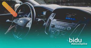 foto de parte interna de carro para texto sobre injeção eletrônica