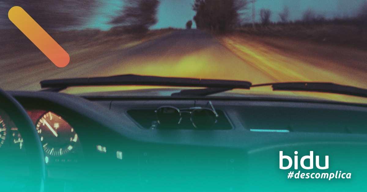 imagem de carro para texto sobre seguro auto completo